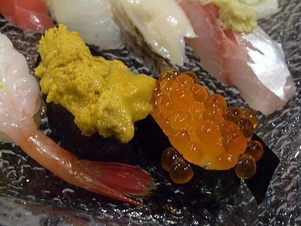 袖山 -- 海膽 & 鮭魚子