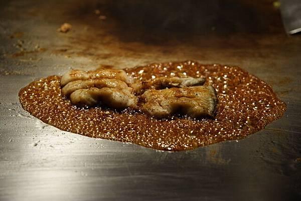 松菱 -- 鰻魚 (醬燒中)