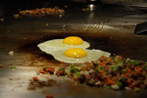 松菱 -- 燒飯預備中