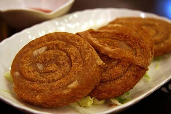 東蜆越南軒 -- 荔芋香酥卷