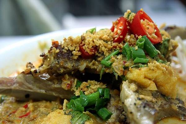 廚師 -- 蒜香羊架喇沙