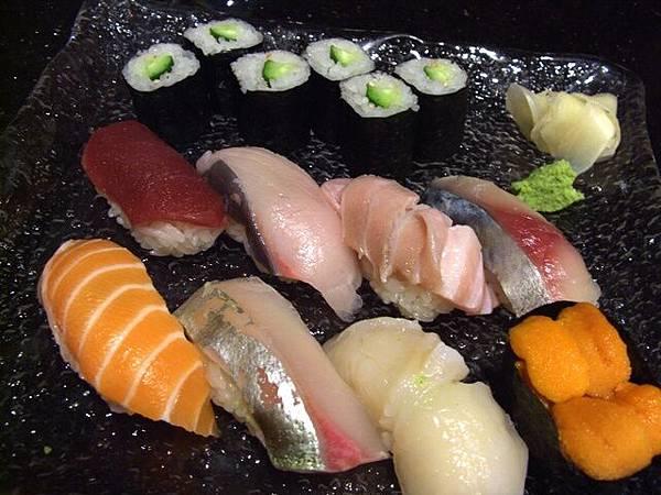 袖山 -- 壽司定食