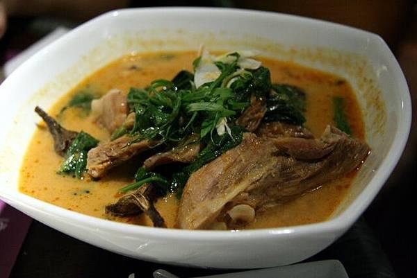Simply Thai -- 紅咖喱鴨