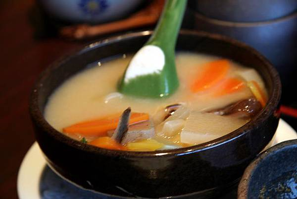 とん吉 -- 豬肉雜菜湯