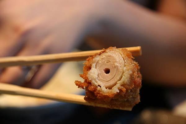とん吉 -- 大蒜豬柳串切面圖