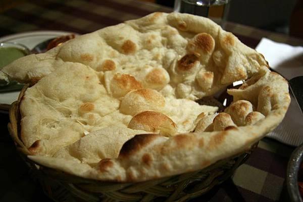 媽媽印度餐館 -- 烤餅