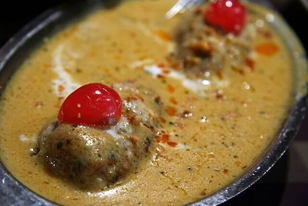 媽媽印度餐館 -- 奶汁起司球