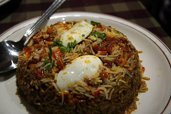媽媽印度餐館 -- 羊肉炒飯