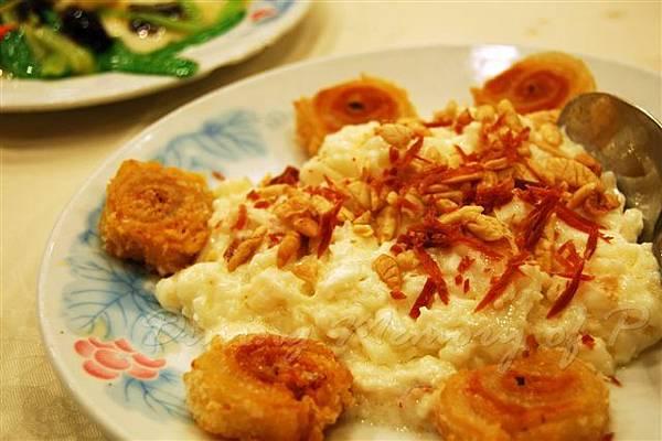 鳳城酒家 -- 炒鮮奶 拼 野雞卷