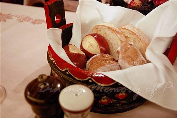 Chesa -- 麵包籃