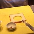一月 -- 吐司切成圓片狀