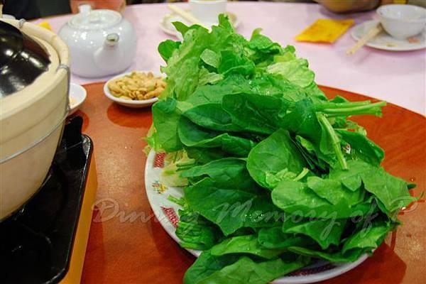 得龍大飯店 -- 青菜 (隨羊腩煲附贈)