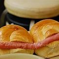 海運茶冰廳 -- 火腿餐包