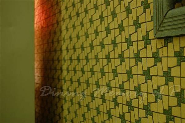 公利竹蔗水 -- 令人懷念的馬賽克磁磚