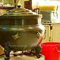 公利竹蔗水 -- 裝樣子的大鼎