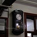 陸羽茶室 -- 牆上的大鐘