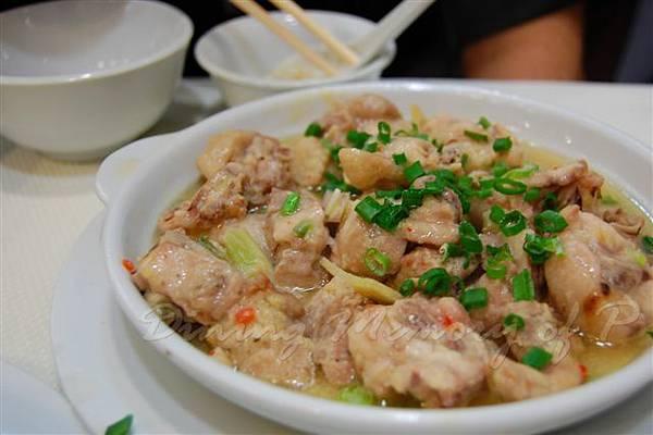 食為先 -- 腐乳蒸雞