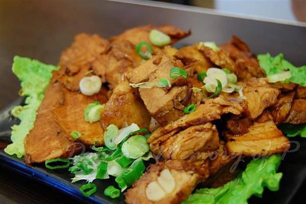 辣一下 -- 滷水雙拼 (滷肉青 + 五花肉)