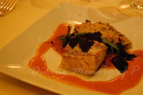 Petrus -- 烤焗野鱈魚伴莧菜千層闊麵