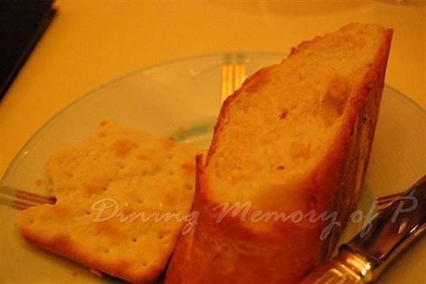 Petrus -- 配起司的棒子麵包 & 餅乾