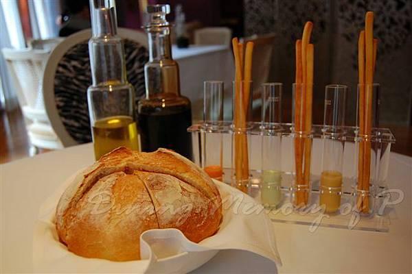 Aspasia -- 麵包