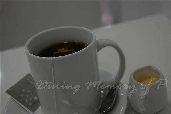 Te -- 隨餐的立頓紅茶