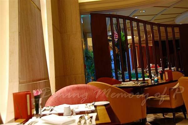 麗嘉酒店咖啡廳 -- 座位