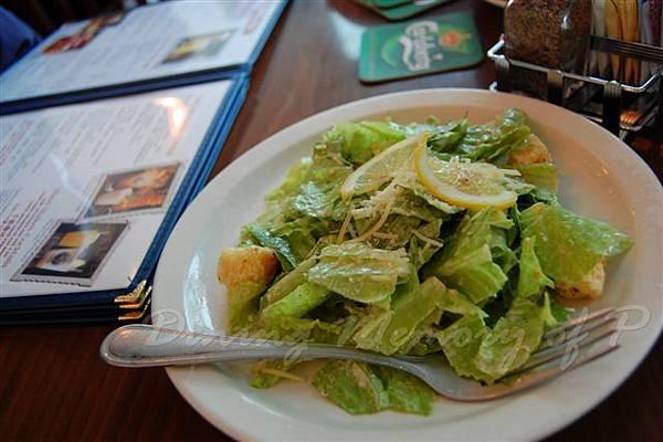 阿甘蝦餐廳 -- 凱撒沙拉