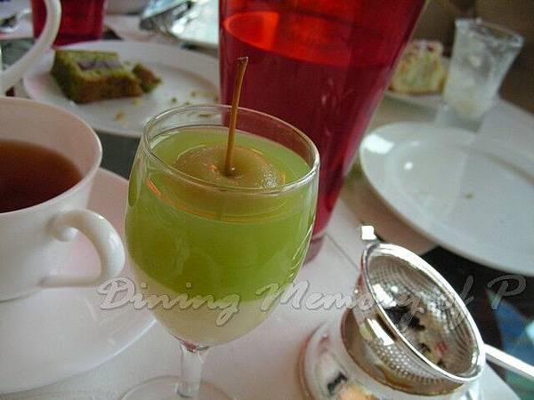 萬豪酒店咖啡室 -- 青蘋果小慕絲