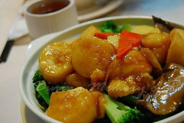 辣蟹莊 -- 西蘭花玉子豆腐