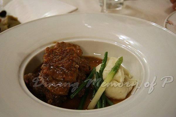 Toscana -- 燜牛仔面頰肉