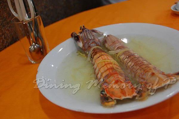 小桃園 -- 油鹽水大蝦蛄