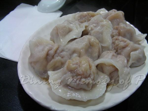 王府 -- 京蔥羊肉餃