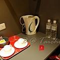 拓程商旅 -- 飲料、杯子、熱水壺