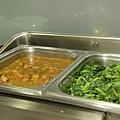 拓程商旅 -- 咖喱雞 (?) & 炒青菜