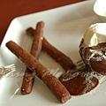 十二月 -- 巧克力軟心蛋糕併巧克力餅乾 & 香草籽冰淇淋 (3)