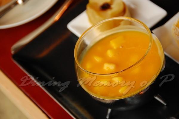 SPOON -- 香芒百香果汁漬鳳梨