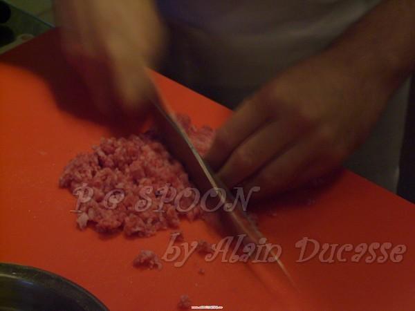 一月 -- 把牛排切碎粒 (2)