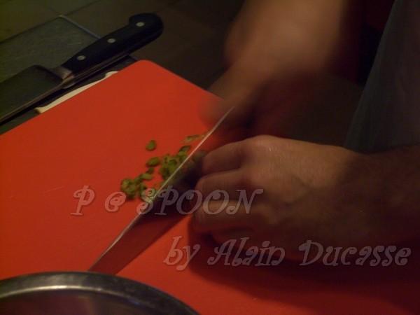 一月 -- 把酸黃瓜切末