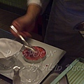一月 -- 把牛排肉盛盤 (2)
