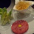 一月 -- 韃靼牛肉伴炸薯絲 (1)