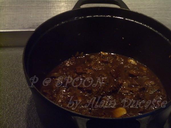 一月 -- 黑椒醬汁