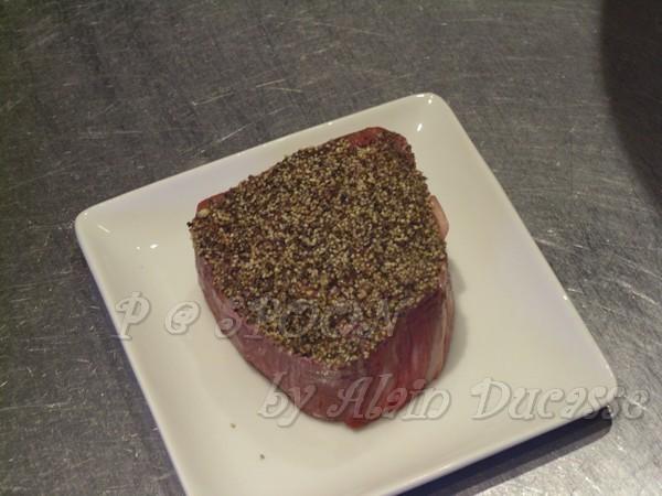 一月 -- 備用中的牛腰肉排