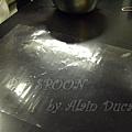 一月 -- 製作巧克力專用膠片