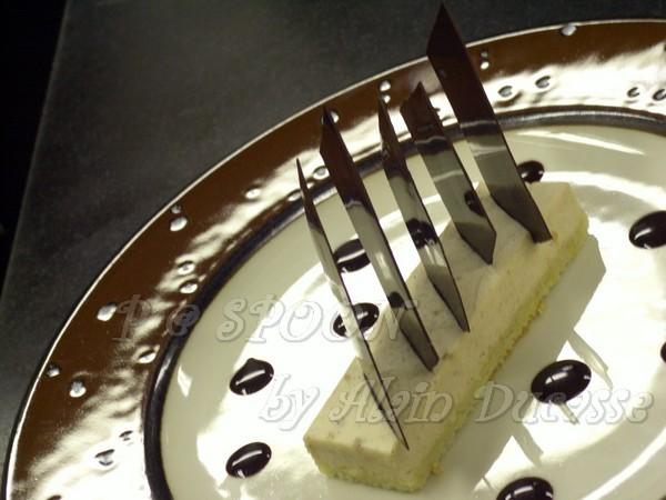 一月 -- 巧克力栗子慕絲蛋糕 (1)