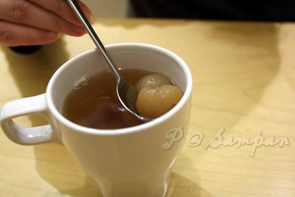 舢舨 -- 桂圓茶