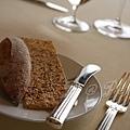 Petrus -- 欖形法式麵包 & 芝麻脆片