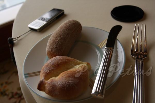 Petrus -- 長條麵包 & 奶油麵包