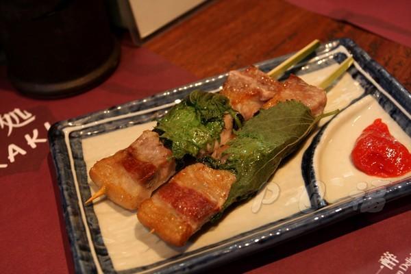 福 爐端燒と牡蠣処 -- 紫蘇豬肉