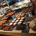 Mandarin Grill & Bar -- 麵包取餐區